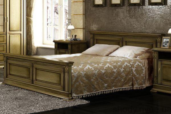 дубове ліжко