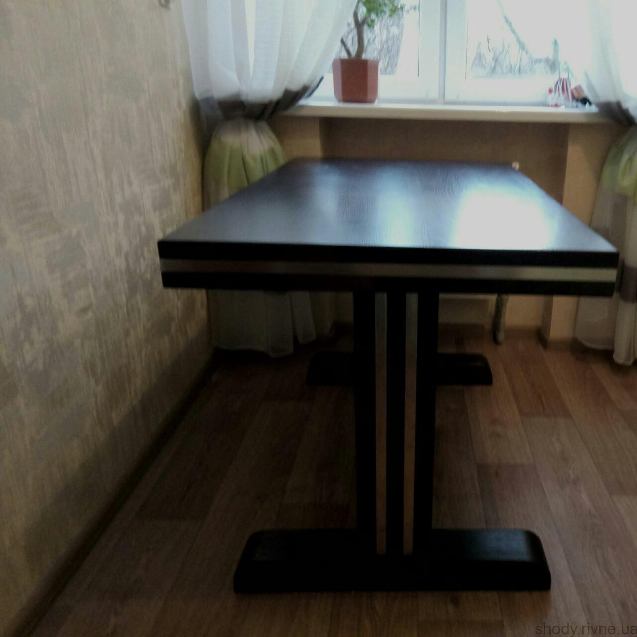 Виготовлення деревяних столів