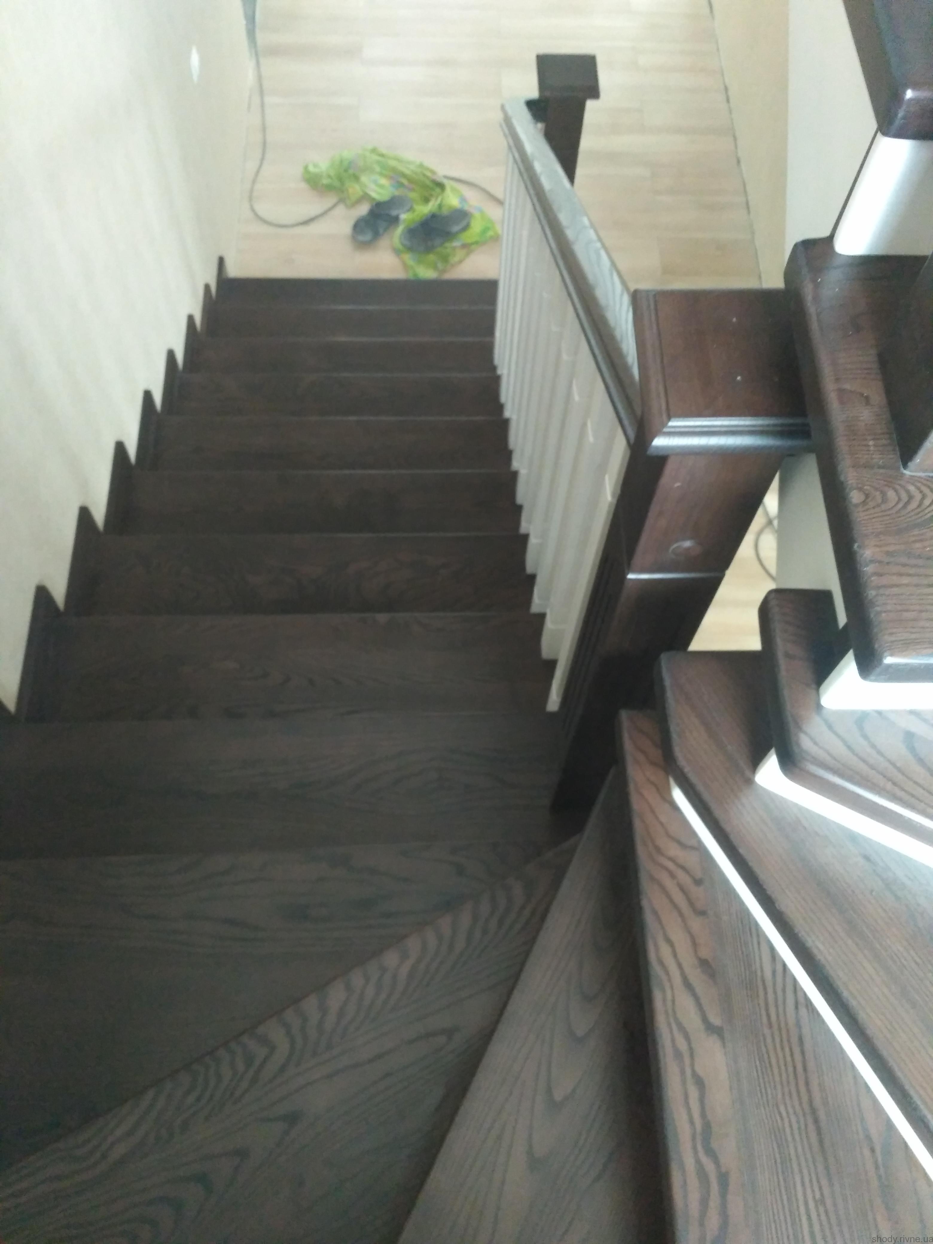 Купити сходи Рівне