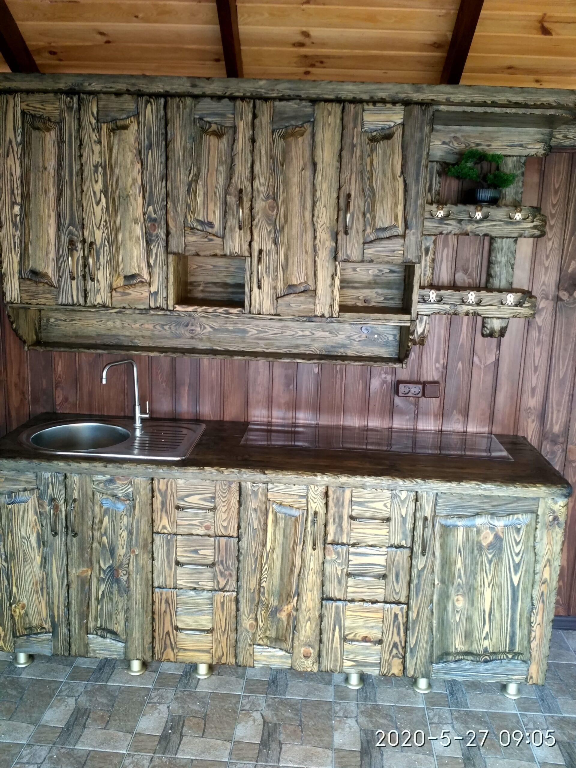 кухня з дерева