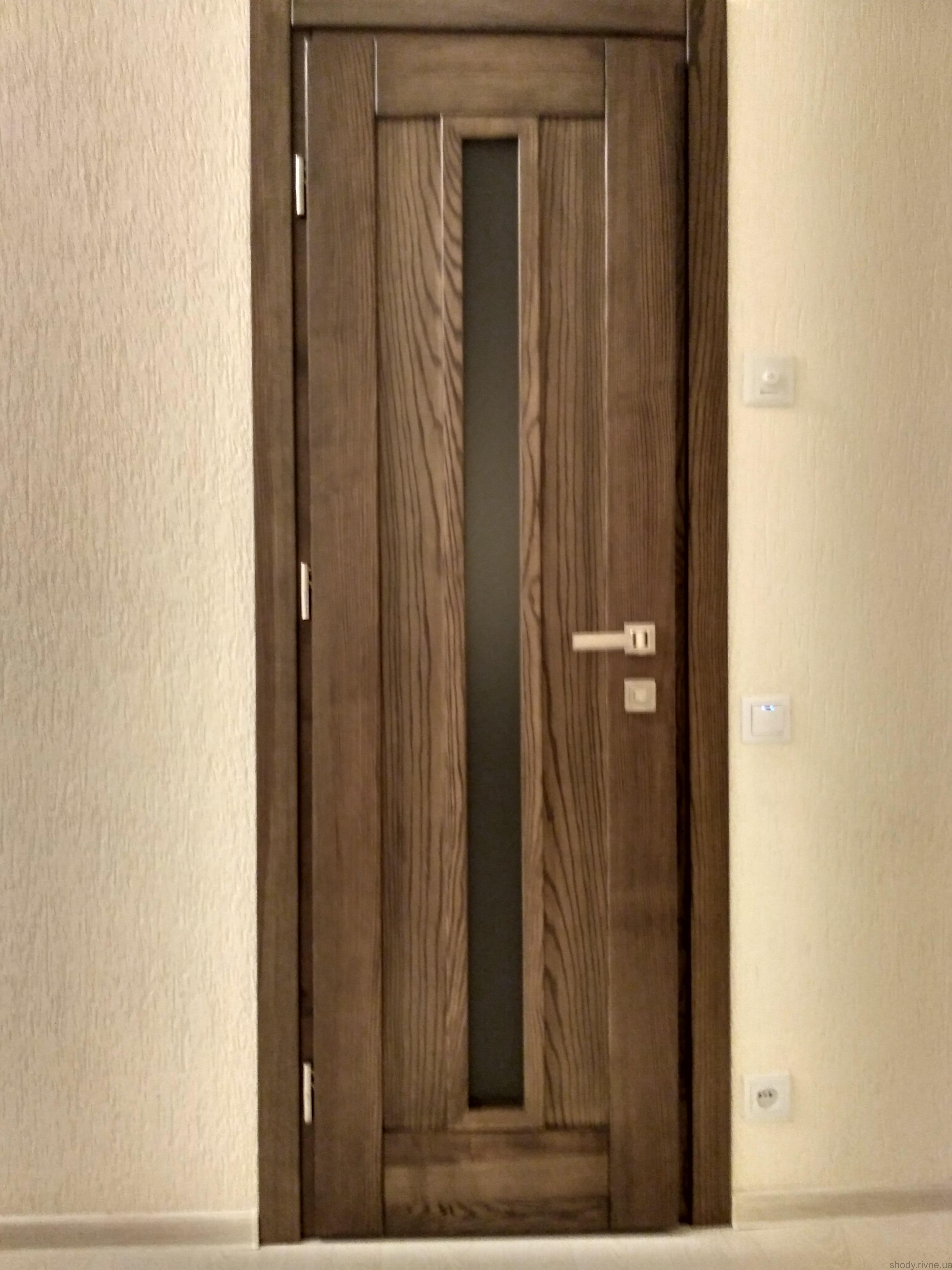 Двері деревяні з ясена