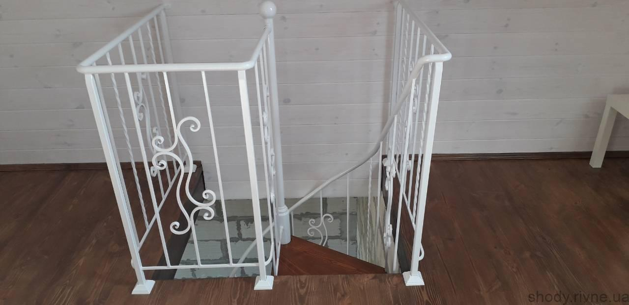Сходи з металу.Виготовлення та монтаж металевих сходів в Рівному, Сарнах,Березне