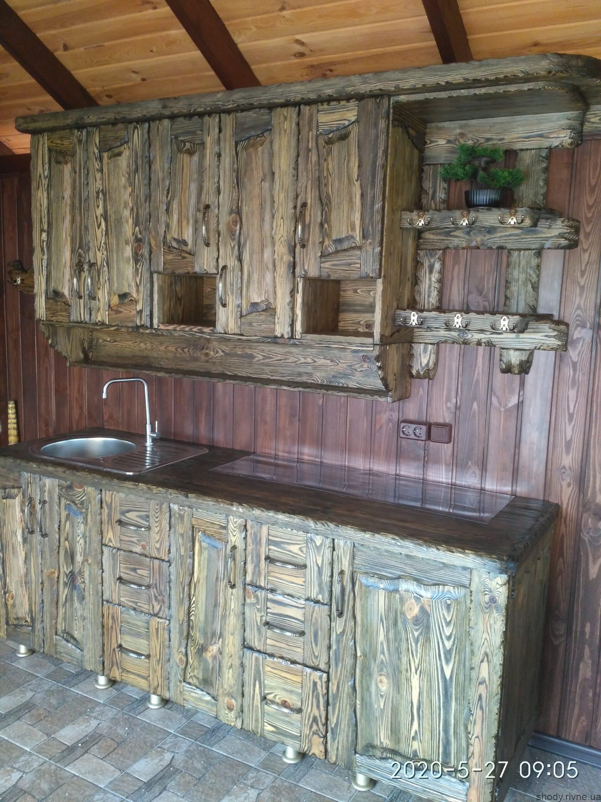 Кухонні меблі під старовину